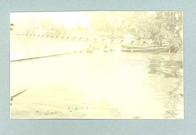 Postcard, image of swimmers & spectators at Horsham