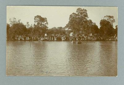 Postcard, image of swimmers & spectators at Horsham