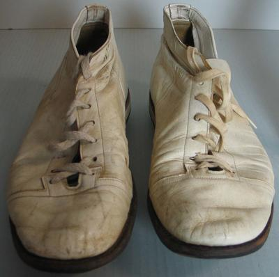 Dreske cricket boots worn by Ross Edwards