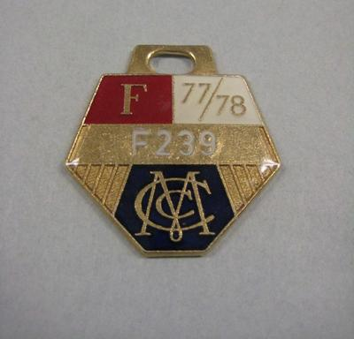 Melbourne Cricket Club Medallion, 1977/78; Trophies and awards; M15797.90