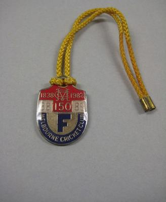 Melbourne Cricket Club membership medallion, season 1988/89; Trophies and awards; M7396.12