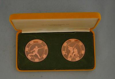 Commemorative World Championship of Cricket medallions, 1985