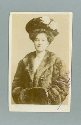 Postcard, image of Queenie Peters