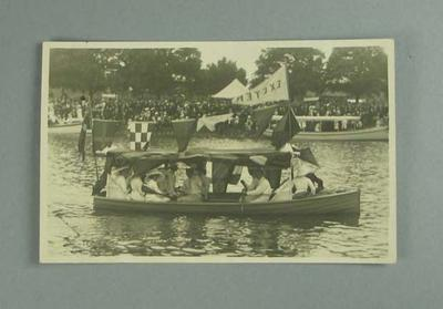 Postcard, image of Henley Royal Regatta 1913; Documents and books; 1986.1304.214