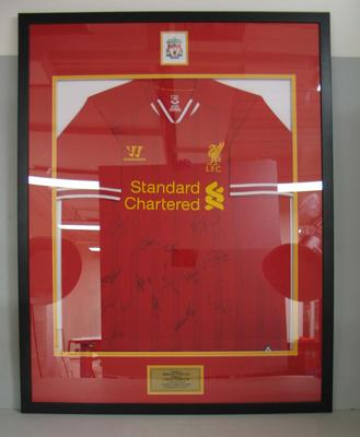 Framed and signed Liverpool Football Club shirt presented to the Melbourne Cricket Club, 2013