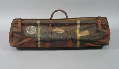 Cricket coffin used by William Ponsford, c1930s