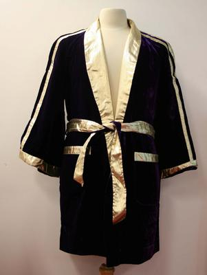 Boxing robe worn by Henry Nissen during his professional career, 1970-1974