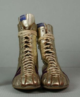 Boxing boots worn by Henry Nissen during his professional career, 1970 - 1974