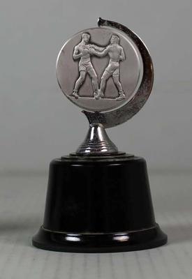 GTV 9 Gaunts Golden Gloves trophy won by Henry Nissen, 1968