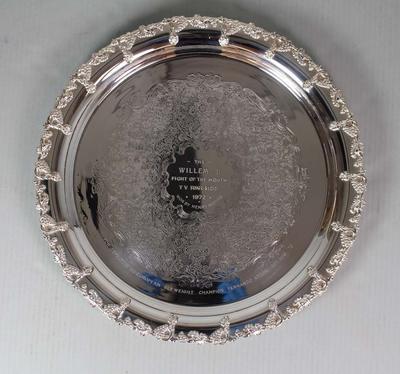 Salver awarded to Henry Nissen for defeating Fernando Atzori, 1972