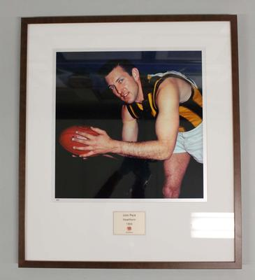 Framed reproduction photograph of John Peck, Hawthorn F.C. from Scanlens 1966 Flag Series football cards
