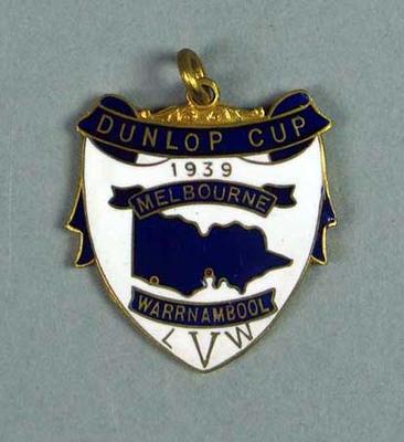Medal won by W. Maddock  - Dunlop Cup Warrnambool-Melbourne 1939
