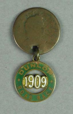 Medal - Dunlop Road Race, Warrnambool-Melbourne 1909 - won by Robert Lynch; Trophies and awards; 1989.2071.1