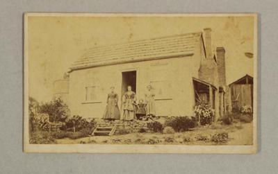 Carte De Viste Photograph of the Hicks family home in Bendigo