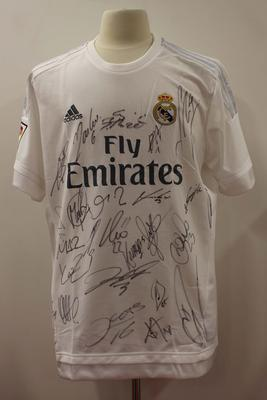 Replica Real Madrid playing jersey signed by members of Real Madrid football team, 2015