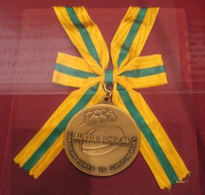 Aussie Bowl '86 commemorative medallion, Australian Football Super Final, Japan 1986