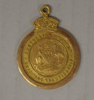 Gold medal awarded to Richmond 'Dick' Eve, men's high dive, Australian Amateur Swimming Association (AASA) Swimming Championships, 1924; Trophies and awards; 2015.2.15