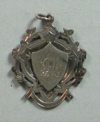 Medal presented to Iddo 'Snowy' Munro by the Coburg Cycling Club, 1906