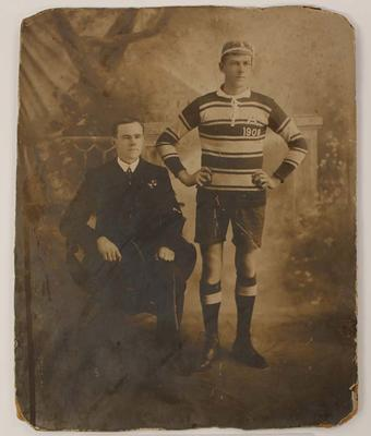 Photograph of Albert Broomham and an unidentified man, circa 1909.