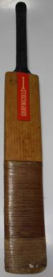 Autographed cricket bat used by Gary Cosier, 1975 and 1977