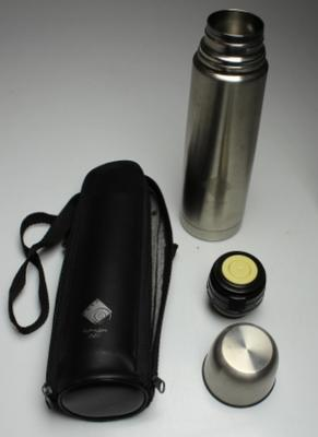 Sydney 2000 Olympic Games Sydney Olympic Broadcasting Organisation (SOBO) branded thermos with case.