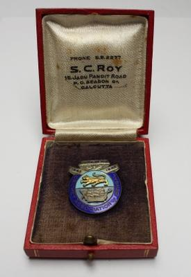 Australian Services team badge issued by the Cricket Association of Bengal, India, 1945-46