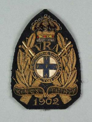 Bullion badge awarded to W Williams, VRA King's Thirty 1902