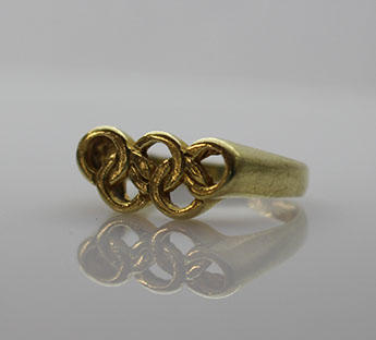 Olympic Rings ring, used by Wendy Braybon