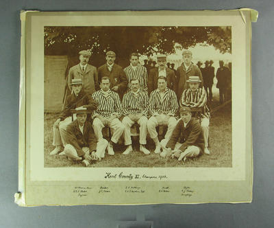 Photograph of Kent County XI, 1906