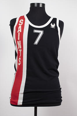 Basketball singlet top worn by Peter Vitols in 1979; Clothing or accessories; N2019.68.1