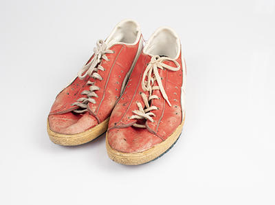 Pair of Puma shoes worn by Peter Vitols, 1979; Clothing or accessories; N2019.68.3