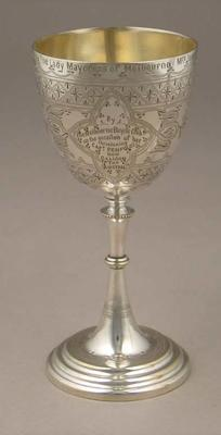 Cup presented to Melbourne's Lady Mayoress 1909 Austral Meet at the MCG