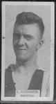 1933 W D & H O Wills Footballers L Hughson trade card