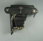 Camera - Kodak Folding Pocket Camera No.3A, Model B-5 Serial No. 67306 c. 1914