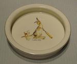 Ceramic bowl, image of kangaroo playing cricket